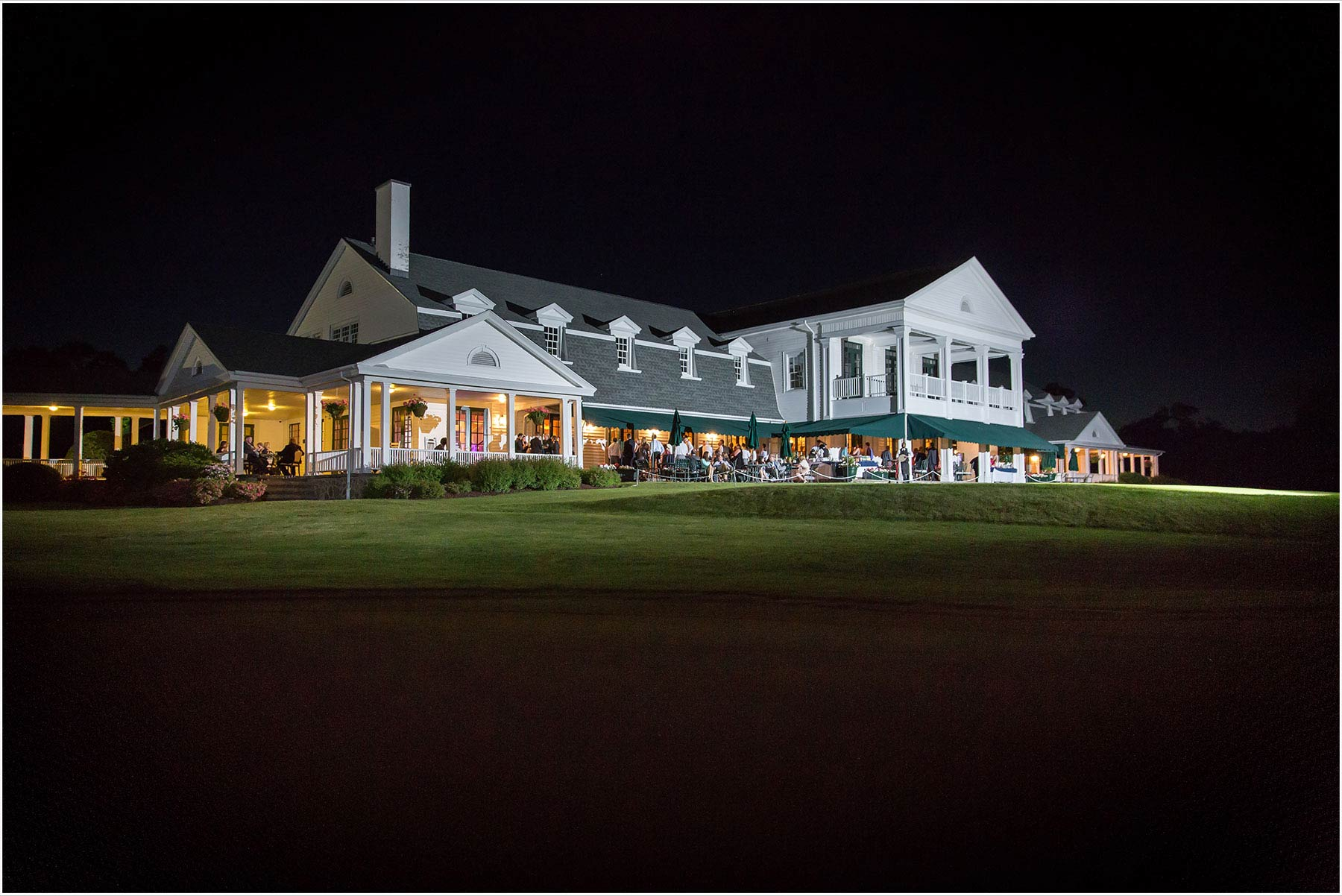 Brooklawn Country Club, Fairfield Connecticut Weddings by Peter Greeno